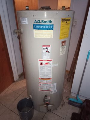 Water heater free for Sale in Queens, NY