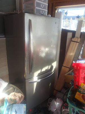 Refrigerator for Sale in Revere, MA