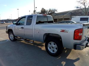 2013 CHEVY SILVERADO LT Z71 for Sale in Addison, TX