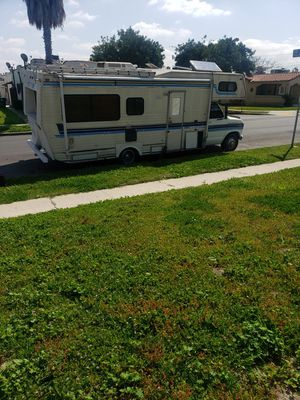 1984 Ford motorhome runs great everything works for Sale in Los Angeles, CA