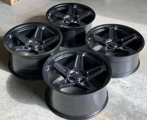 """22"""" staggered srt demon styles wheels for Sale in North Las Vegas, NV"""