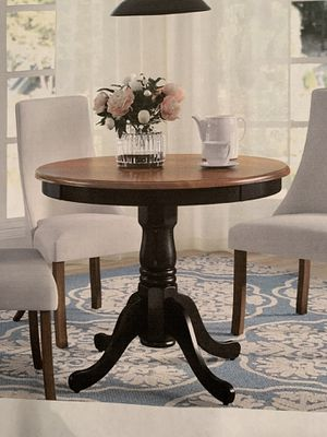 """36"""" Round dining table for Sale in Chico, CA"""
