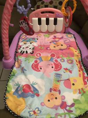 Baby girl kick and play for Sale in Phoenix, AZ