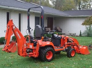 Tractor 2016 Kubota D 4x4 for Sale in Fort Wayne, IN