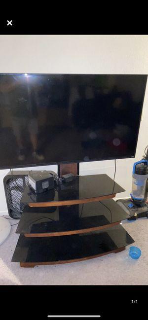 Vizio 50' TV and TV stand. for Sale in Escondido, CA