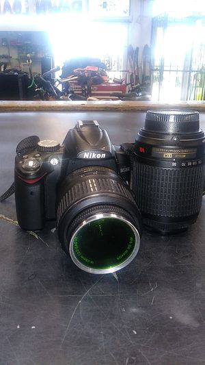 Nikon D5000 with 18-55mm and 55-200 lens for Sale in Pembroke Park, FL