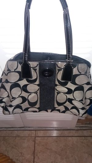 Coach bag use in excellent condition. for Sale in West Palm Beach, FL