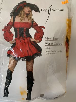 Halloween Vixen Pirate Wench Costume 1XL for Sale in Carlsbad, CA