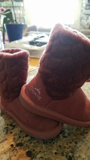 Girl's Winter Boots for Sale in Fountain, CO