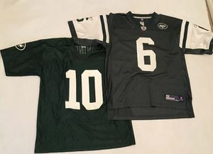 New York Jets Jersey Men's Large Reebok On Field Jerseys 2 Jersey Lot. New York Jets Jersey lot !Men's Large Reebok On Field Jersey Sanchez beautiful for Sale in Palm Springs, CA