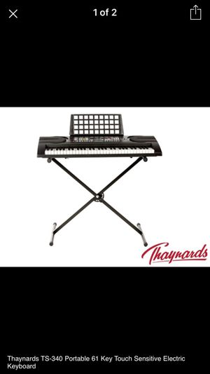 Thaynards TS-340 Portable 61 Key Touch Sensitive Electric Keyboard for Sale in Fresno, CA