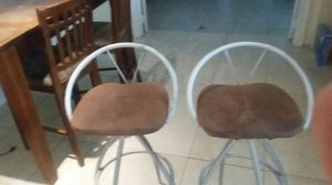 2 Bar Stools for Sale in North Miami Beach, FL