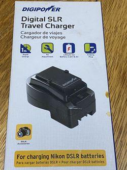 DigiPower Digital Travel SLR Charger for Nikon DSLR for Sale in Denver,  CO