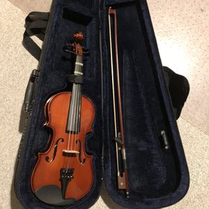 Violin With Carry Bag For 1-9 Year Old Kids for Sale in Houston, TX