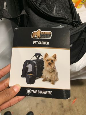Gorilla grip pet carrier (up to 15lbs) for Sale in Sunrise, FL