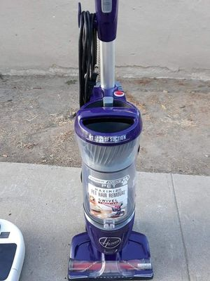 Hoover pet Edition vacuum for Sale in Modesto, CA