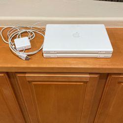 2 White Apple Macbook for Sale in Peoria,  AZ