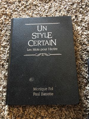 Un style certain advanced French learning book for Sale in Aurora, CO