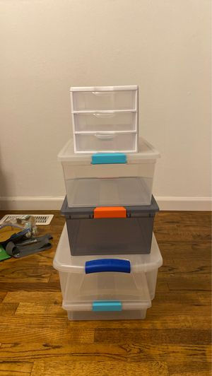 Assorted Sterilite Storage bins/containers for Sale in Auburn, WA