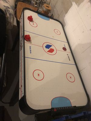 Air hockey table for Sale in Toms River, NJ