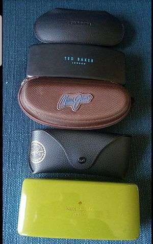 RAYBAN. KATE SPADE. MAIU JIM. CASES ONLY. 12 EACH for Sale in Miami, FL