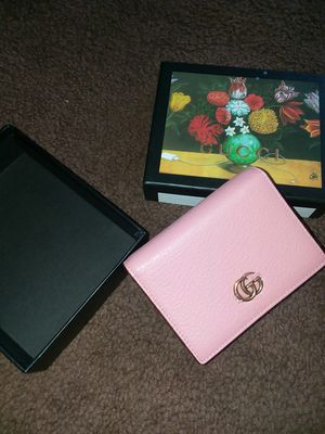 Pink GUCCI WALLET for Sale in Austin, TX