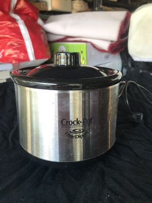 Little Dipper crock pot for Sale in Fresno, CA