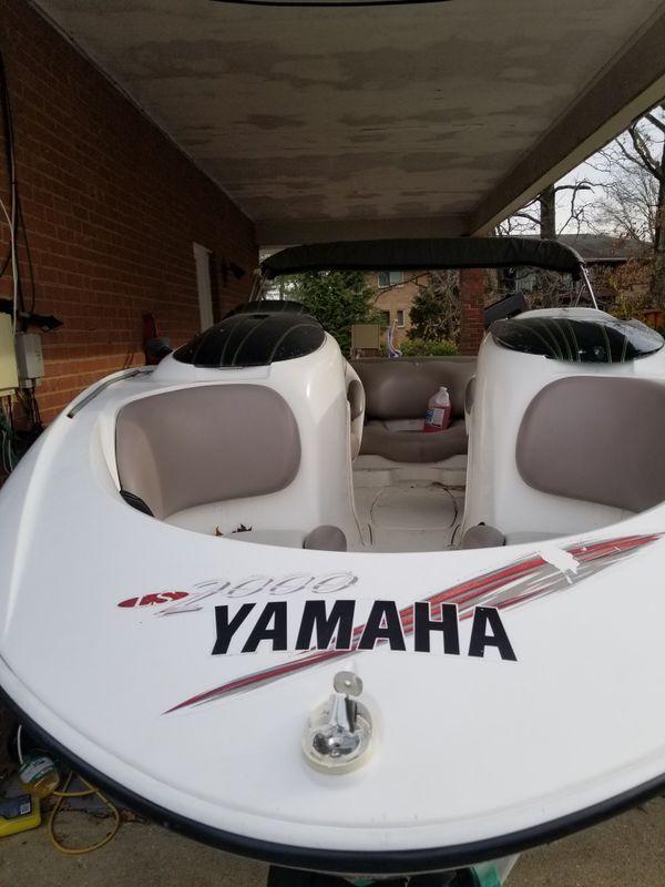Yamaha jet boat 2001 twin engine