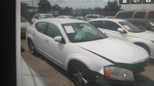 Dodge avenger sxt 2012 parts for sales for Sale in Hialeah, FL