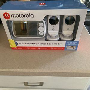 Motorola Baby Monitor 2 Camera Set for Sale in Columbus, OH