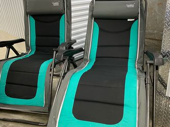 STORAGE UNIT SALE!!! Timber Ridge Zero Gravity Recliners for Sale in Snellville,  GA