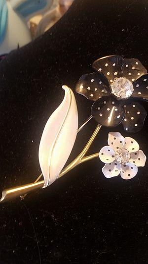 Ninna Ricci Enamel Pin/Brooch for Sale in Covina, CA
