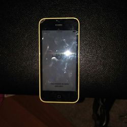 Apple iPhone 5C Yellow A1532 for Sale in Traverse City,  MI