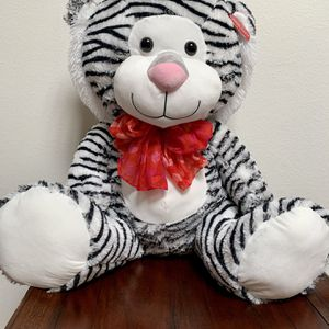 Valentines Day Giant Plush Stuffed Tiger for Sale in Irvine, CA