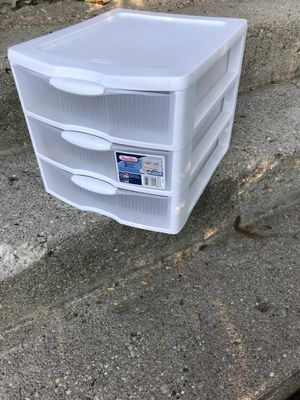 Small Plastic Drawers for Sale in Bloomingdale, IL