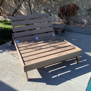 Chaise Lounge Giant! Pool Lounger for Sale in Las Vegas, NV