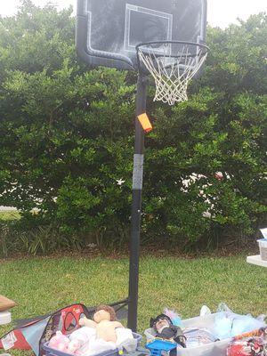 Basketball ball hoop for Sale in Pompano Beach, FL
