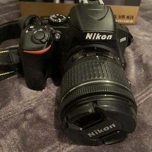 Nikon D3500 - Barely Used for Sale in Corona, CA