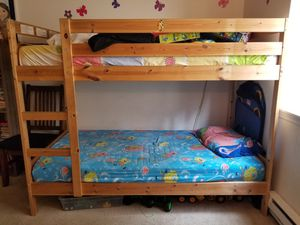 IKEA twin bunk bed in good condition for Sale in Redmond, WA
