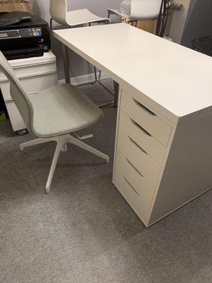 Alex Limón Desk for Sale in Miami, FL