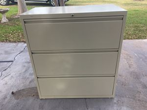 Realspace Lateral 3 Drawer Metal File Cabinet (Reduced) for Sale in Pflugerville, TX