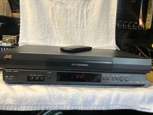 JVC VHS Hi-Fi Stereo VCR with remote for Sale in San Diego, CA