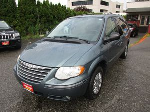 2006 Chrysler Town & Country LWB for Sale in Lynnwood, WA