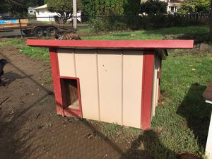 Large dog house for Sale in Elma, WA