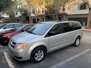 2010 DODGE CARAVAN TOP MODEL for Sale in Pompano Beach, FL