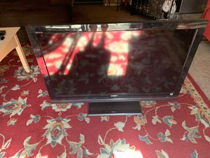 Sony Bravia TV 40 inch for Sale in Fresno, CA