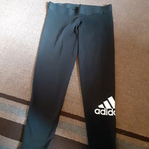 Adidas Legging Size Women's large for Sale in Oklahoma City, OK