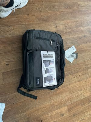 Solo NY hybrid briefcase to backpack for Sale in Lawndale, CA