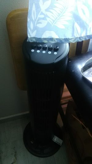 Black tower fan. Beat the heat! for Sale in Portland, OR