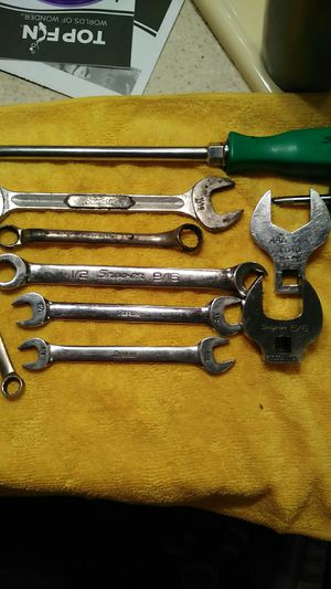 Snap on wrenches screw drivers, crows feet for Sale in Nashville, TN
